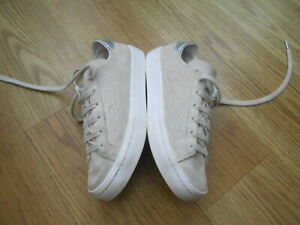 ADIDAS  SUEDE TRAINERS  SIZE UK  4.5