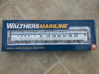 WALTHERS MAINLINE 1/87 HO VIA RAIL CANADA 85' BUDD DINER CAR # 910-30159 F/S