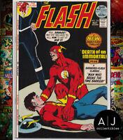 Flash #215 VF+ 8.5 (DC)