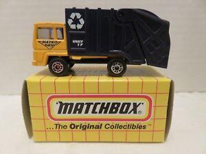 1995 Matchbox Original Collectibles MB36 Refuse Truck Metro DPW Die-Cast Model