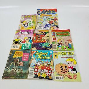 Lot Of 8 Assorted Comics Archie Richie Rich Ripleys Believe It Or Not Disney