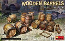 Miniart 1:35 scale model kit - Wooden Barrels, Medium Size MIN35630