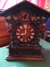 Roble Tallada Victoriano un reloj cucú