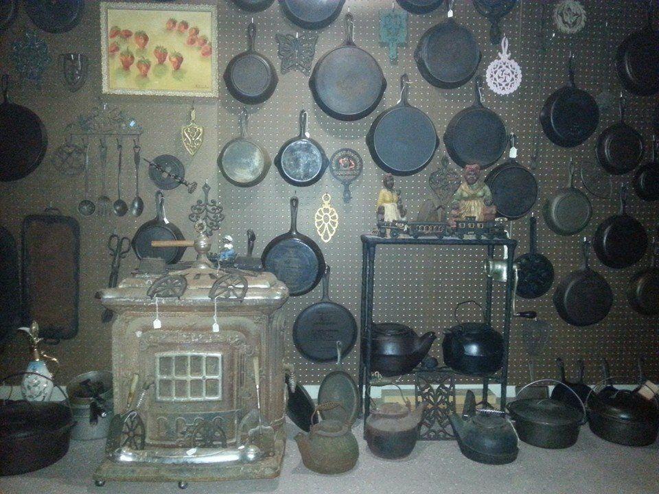 Dottie's Vintage Collectibles