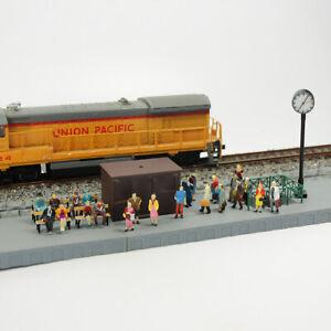 100pcs modèle Train 1:87 Passagers Personnages Assis Debout Figures Échelle HO