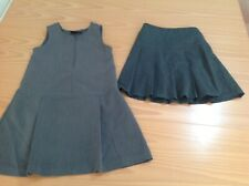 Girls School Uniform a pieghe Grembiulino Abito Con Tasca CUORE IN TEFLON età 2-16 anni