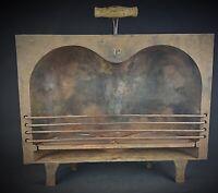 Pièce de musée - Coquille à rôtir n°18  (paire de fesses) en fonte Ancien XIXème