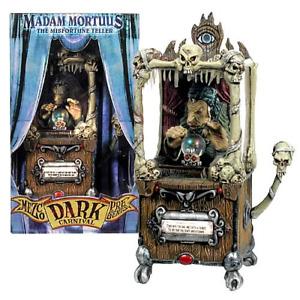 Mezco Presents Dark Carnival Madam Mortuus The Miss Fortune Teller 2003 Rare