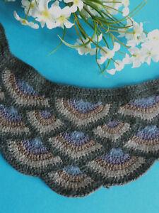 """408 #Lovely Neckline Plastron """" Fan """" Crochet Hook Handmade Shabby Chic"""