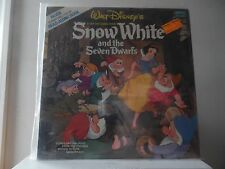 "SNOW WHITE - WALT DISNEY RECORDS-3906 - WITH 12 PAGE FULL COLOR BOOK - ""SEALED"""