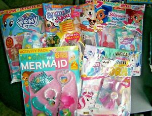 5 Girls Assorted  Comics With Gifts 2021 (new) Set 56