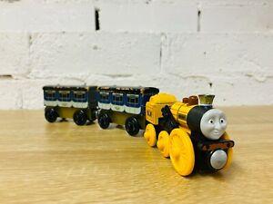 Stephen & Stephen's Coaches x2 - Thomas & Friends Wooden Railway Trains