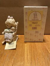 """1995 Precious Moments """"Love Never Leaves A Mother's Arms� #523941 w/ Star Mark"""