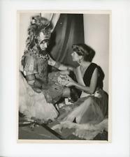 Gaby Sylvia joue Cassandre et Raymond Raynal Agamennon dans les Amants d'Ar