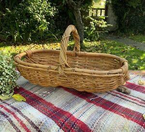 Pretty Vintage Large Wicker Basket With Handles - Flower Foraging Basket - Trug
