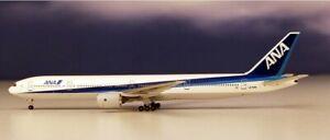 Aeroclassics AC19115 ANA All Nippon Boeing 777-300 JA756A Diecast 1/500 Model