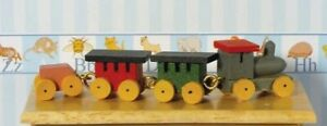 1/12th Scale Dolls House Toy Wooden Train.