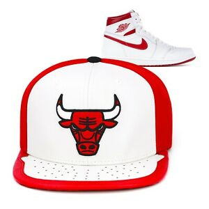 Mitchell & Ness Chicago Bulls Snapback Hat Cap For Jordan 1 Retro Metallic Red