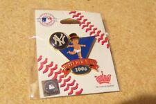 2006 New York Yankees Baby New Year's pin