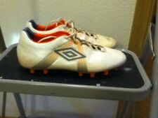 Umbro Cleats GT PRO A HG Hardground White/orange (Barly Used)($140new) size 7.5