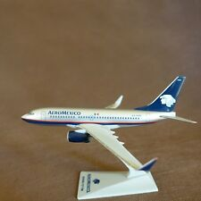 1/200 Aero Mexico AeroMexico Boeing B737-700 Airplane Desktop Display Model