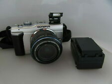 Olympus E-PL1 Digital Micro 4/3 Camera, 14-42mm ED Lens, Charger, 2 Batts, MINT!