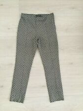 PRIMARK B&W FLORAL VERY STRETCHY ANKLE FIT SLIM LEG PINTUCK TROUSERS SIZE 8