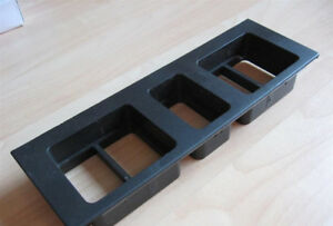 Volvo VNL 3175615 Dashboard Switch Panel Insert for 5 Switches #M266Y