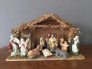 Vintage Traditional Nativity Christmas Stable Scene Wood Ceramic Figures Boxed