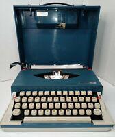 Antique 1969 Royal Swinger Vintage Typewriter With Working Case Radio