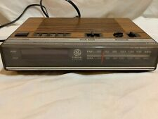 Ge General Electric Fm/Am Digital Alarm Radio Clock 7-4624B Vintage