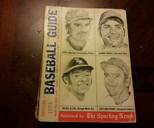 1973 Sporting News Baseball Media Guide Johnny Bench Cover