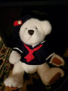"Boyd's Bear-""Taylor"" The Brass Button Bear Collection PA#2296."
