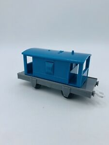 Thomas and Friends Trackmaster Dart's Coach Car Brake Van V9038 Dark Blue