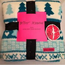 Betsey Johnson Christmas Trees Twin Blanket Teal Blue Skulls Heart Snowflake Nwt