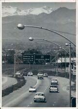 1961 Press Photo Vintage Autos Drive Valley Highway Interstate 25 1960s Denver