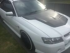 VZ COMMODORE WALKINSHAW BONNET SCOOP DIRECT FIT TO SUIT THE VZ BONNET