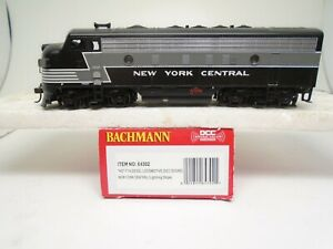 Bachmann Ho 64302 F-7A locomotive, NYC, DCC Sound, for repair