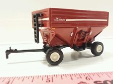 1/64 ERTL CUSTOM FARM TOY DEMCO RED CORN SOYBEAN GRAIN GRAVITY WAGON