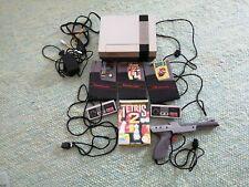 Super Nintendo NES mit 3 Spielen, 2 Controllern und einer Pistole