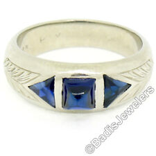 Antique Art Deco 18k Gold .90ctw Sugarloaf Trillion Sapphire Etched 3 Stone Ring