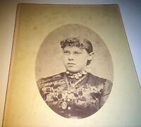 Antique Victorian American Woman, Fancy Fashion & Glasses! ID'd CT Cabinet Photo