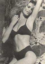 Poster CLAUDIA SCHIFFER - ... On The Rocks   NEU  54180