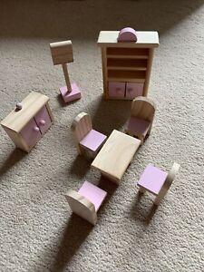 Dolls House Furniture