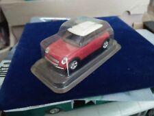 SOLIDO NEW AUSTIN MINI 2001 ROUGE TOIT BLANC  Neuf Ss Coque