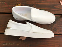New Guess Deanda Womans Shoes, White Slip On Sneakers Size 10 Never Worn