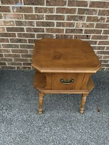 Maple or Birch  Heywood Wakefield End Table / Side Table