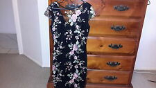 NEW Lipsy Floral embroidery cap sleeve dress, size 10, RRP $139.95