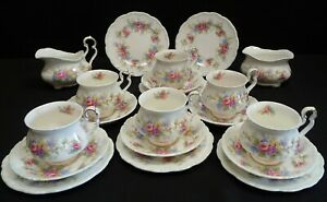 Royal Albert Colleen 20 Piece Tea Set 6 x trios