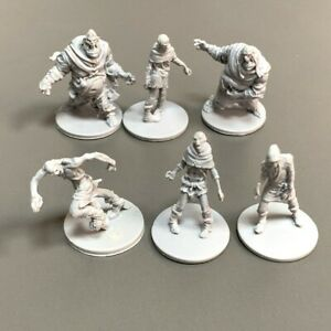 6x Grey Zombies Black Plague Miniatures Board Game Role-Play Board Game Figure